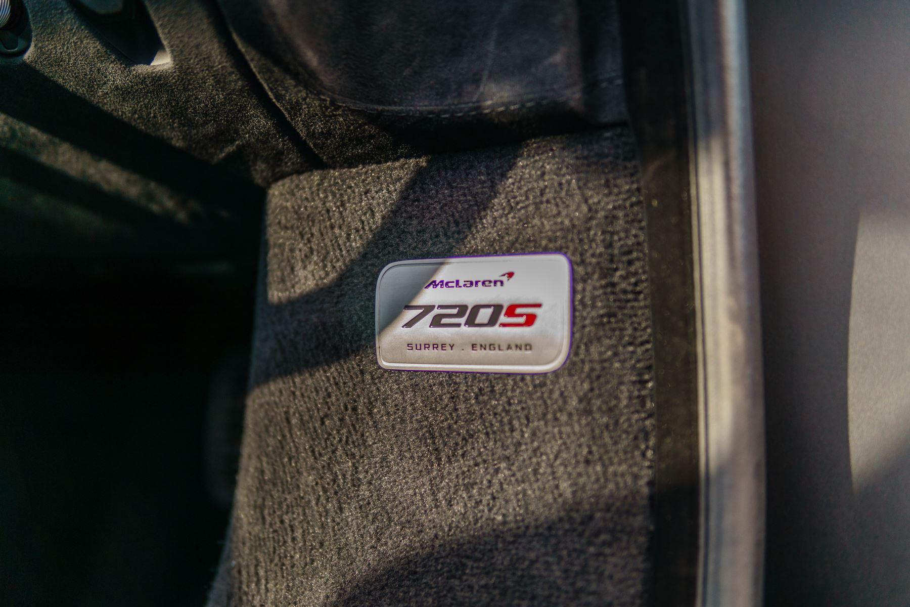 McLaren 720S V8 2dr SSG PERFORMANCE image 33